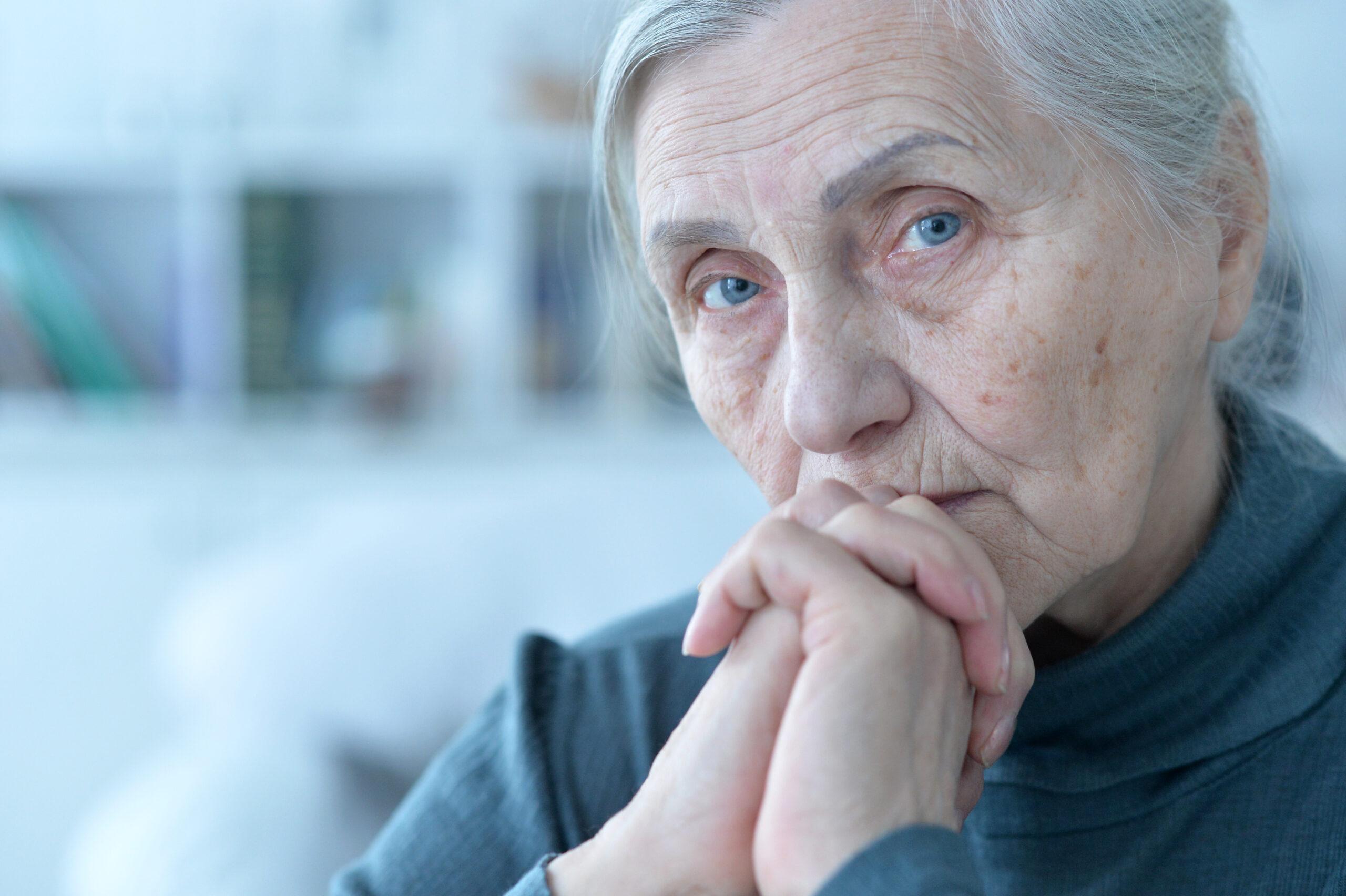 賃貸で急増する高齢者リスク|2大トラブルと有効な対策